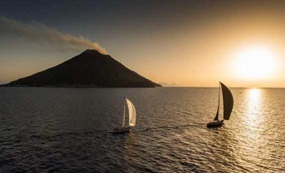 Rolex Middle Sea Race Day 3 - The game is on